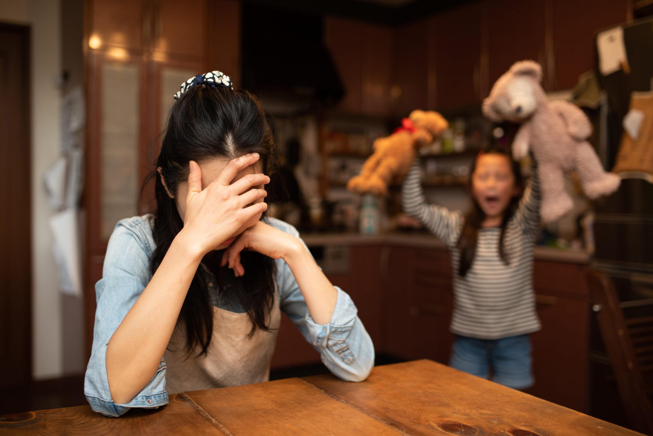 子どもに情緒不安定の兆しを感じたら。悩む前に知っておきたい対処法